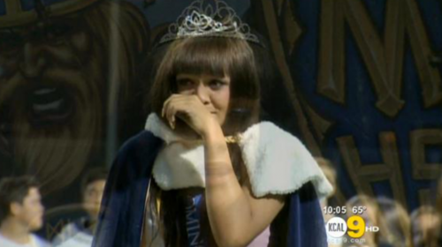 Cassidy-Campbell-wears-homecoming-crown-screencap-615x345.png