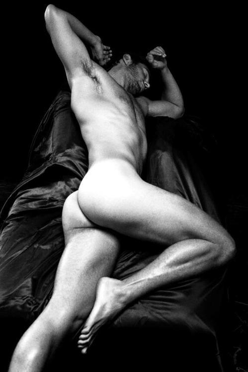 Julian morris nude fakes