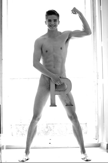 river viiperi full body naked.jpg