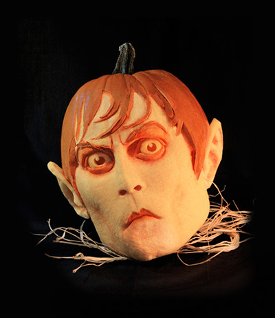 A-horror-face-carved-out--004.jpg