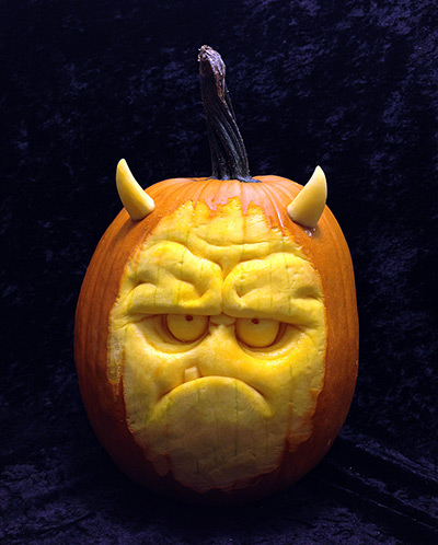 A-horror-face-carved-out--006-1.jpg