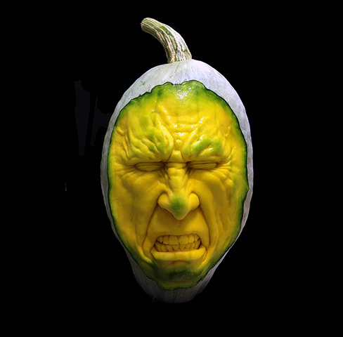 A-horror-face-carved-out--006.jpg