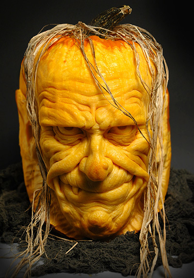 A-horror-face-carved-out--007.jpg