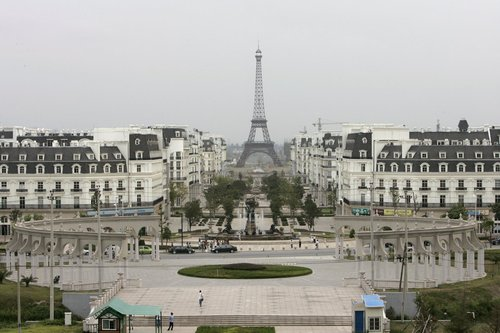 a-residential-area-was-built-around-a-replica-of-the-eiffel-tower.jpg