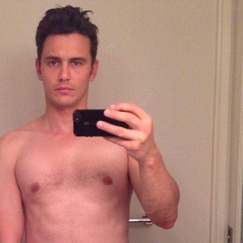 James-Franco-selfie.jpg