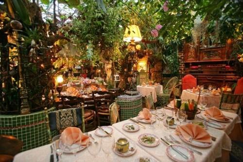 Mas-Provencal-restaurant5-550x366.jpg