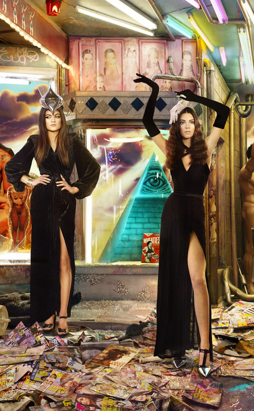 rs_634x1024-131201150405-634.Kendall-Kylie-Jenner-Kardashian-Family-Christmas-Card.jl.120113_copy.jpg