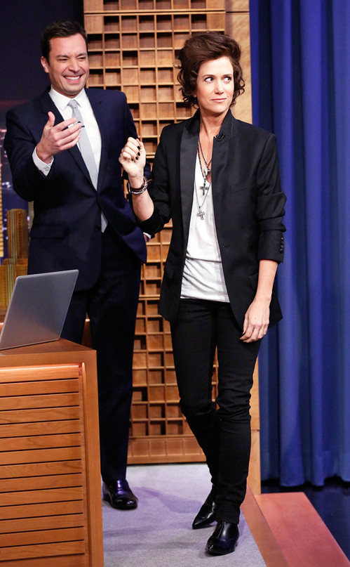 rs_634x1024-140218190849-634.Jimmy-Fallon-Kristen-Wiig-NYC.ms.021814.jpg