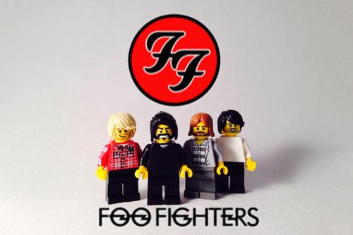 lego-iconic-bands-06.jpg