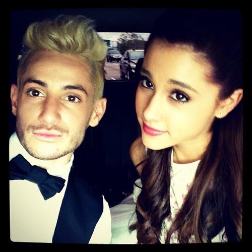 Frankie_and_Ariana_MTV_Movie_Awards_2013.jpg