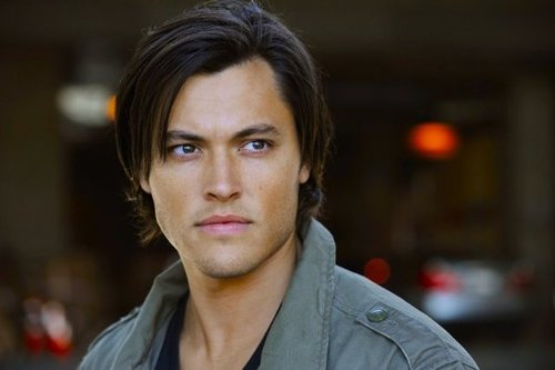 blair-redford-lying-game-vampire-bait.jpg