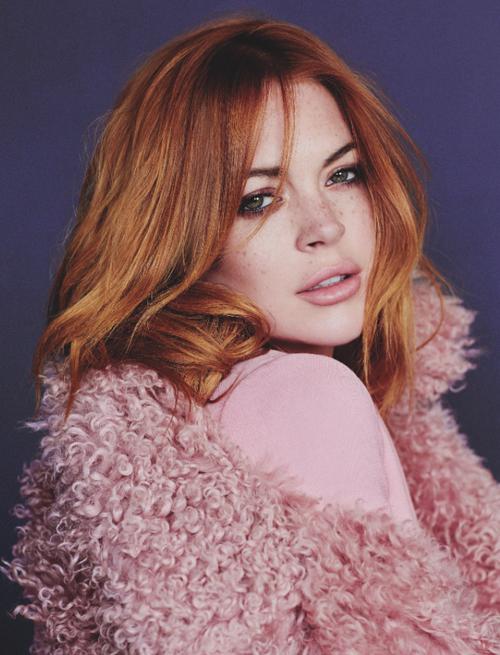 Lindsay-Lohan-Wonderland-Magazine-2.png