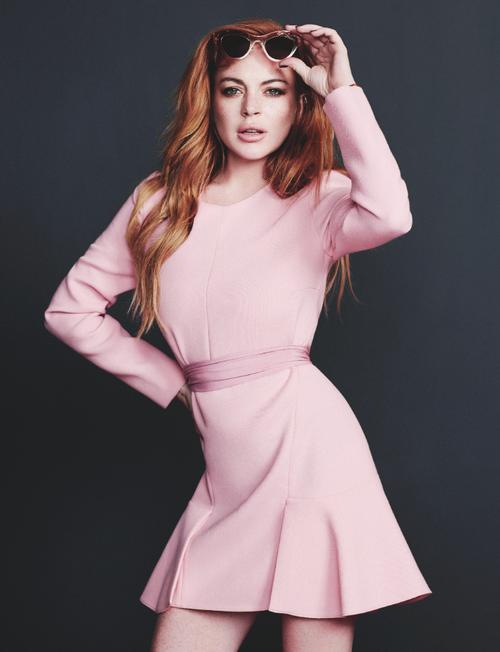 Lindsay-Lohan-Wonderland-Magazine-34.png