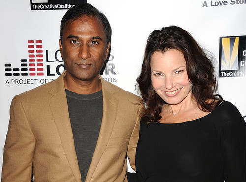 dresher dating Fran drescher is dating again and her new man, shiva ayyadurai, has quite the impressive resume ayyadurai is a massachusetts institute of technology graduate who supposedly invented email.