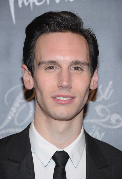 Cory_Michael_Smith_Breakfast_Tiffany_After_f0_EXW.jpg