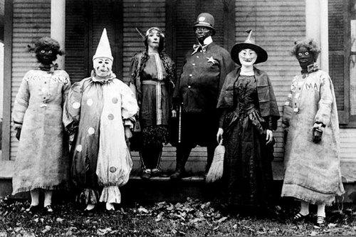 Creepy-Vintage-Halloween-Costumes----1.jpg