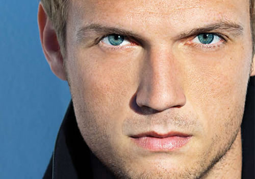 nick-carter-kiss.jpg