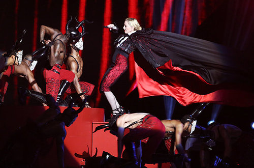 madonna-fall-brit-awards-2015-billboard-650.jpg