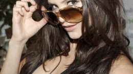 katharine-mcphee-glasses-thumb.jpg