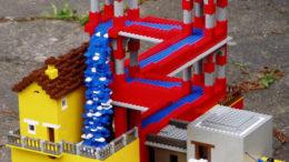 lego-palace-thumb.jpg