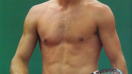andy-roddick-shirtless-tan.jpg