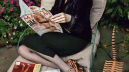 maureen-dowd-chair.jpg
