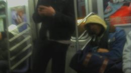 jake-gyllenhaal-q-subway-nyc-thumb-500x675-3933.jpg
