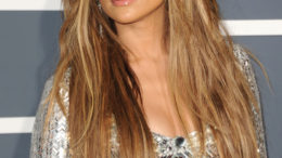 jennifer-lopez-2011-grammy-awards-02132011-15-thumb-500x702-5296.jpg