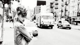 Rihanna_EVU_Shot_011235F15CC.jpeg-thumb-500x334-6228.jpg