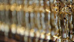 Oscar-statues-001.jpg