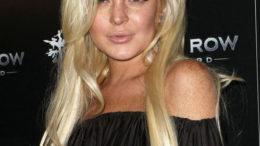 lindsay_lohan_blonde_hair_blac-thumb-500x647-6724.jpg
