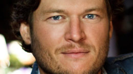 Blake-Shelton-crop22-thumb-500x667-6781.jpg