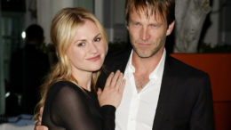 101111_anna-paquin-and-stephen-moyer-very-happy-to-be-engaged-august-24-2009-thumb-500x375-7056.jpg