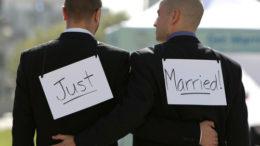 gay-wedding-04-thumb-500x371-7154.jpg