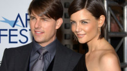 Tom-Cruise-and-Katie-Holmes-thumb-500x372-7483.jpg