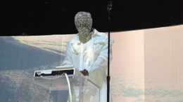 kanye-west-crystal-mask-thumb-500x275-9111.jpg