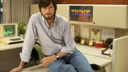 kutcher-jobs-640x426-thumb-500x332-9275.jpg