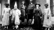 Creepy-Vintage-Halloween-Costumes-E28094-1-thumb-500x333-22076.jpg
