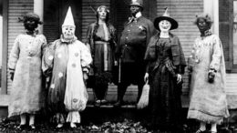 Creepy-Vintage-Halloween-Costumes-E28094-1-thumb-500x333-22076.jpg