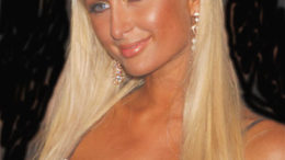 paris-hilton-thumb-500x670-25156.jpg