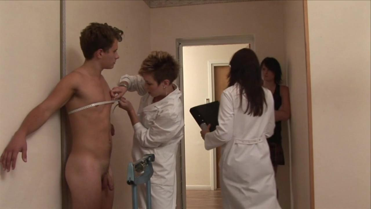 free-naked-male-movies-for-women