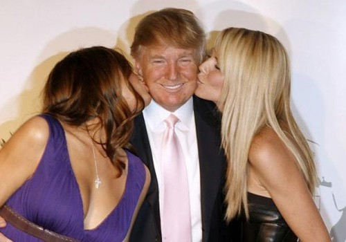 donald-trump-double-kiss