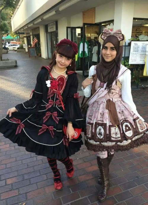muslim-lolita-hijab-japanese-fashion-anime-52