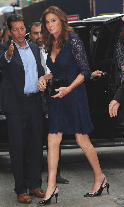 rs_613x1024-150630183141-634.caitlyn-jenner-broadway-nyc.jw.63015