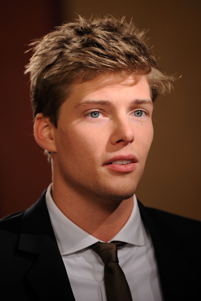 Hunter_Parrish