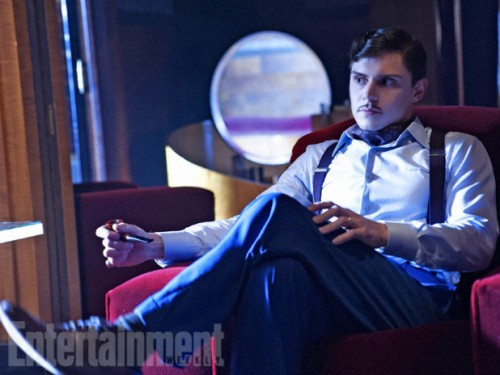 ustv-american-horror-story-hotel-ew-first-look-09