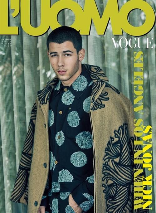 Nick-Jonas-LUomo-Vogue-December-2015-Cover