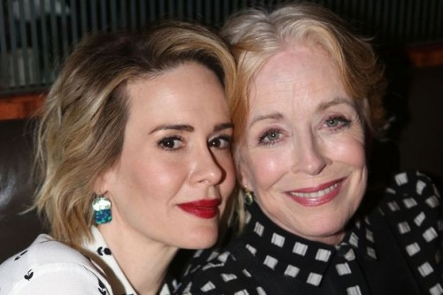 Sarah-Paulson-and-Holland-Taylor
