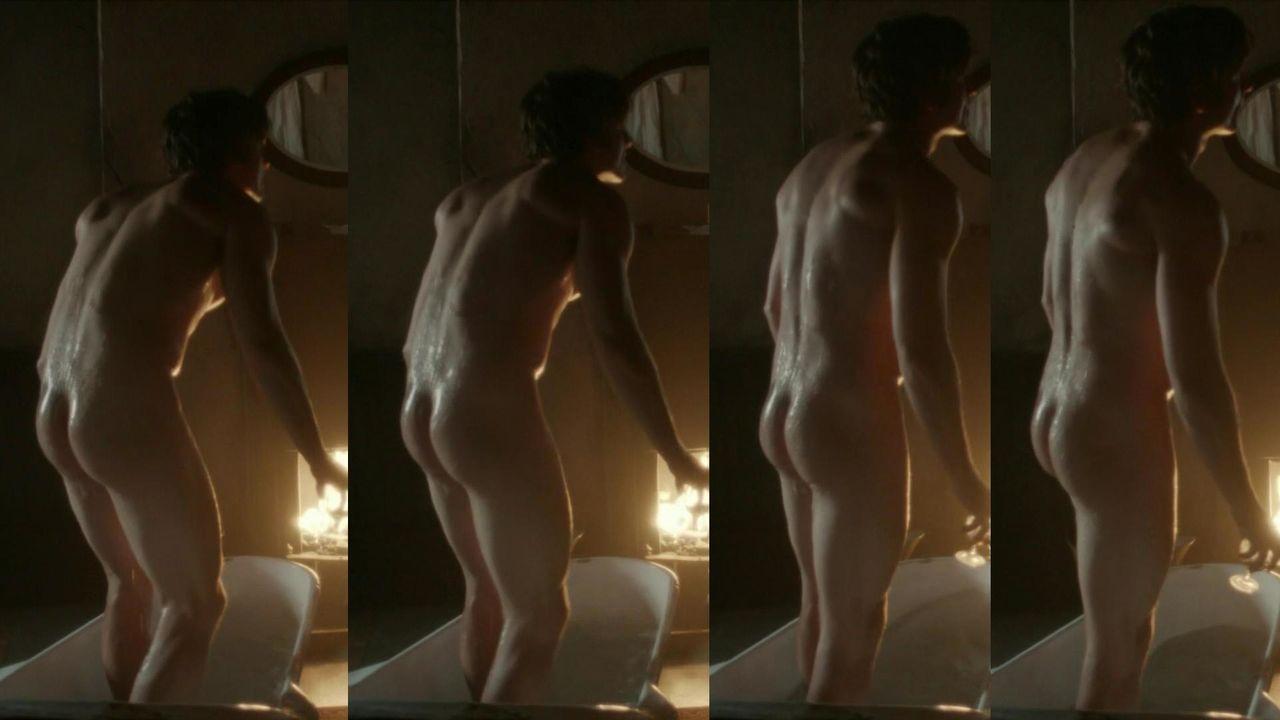 Vampire tom s nude picture