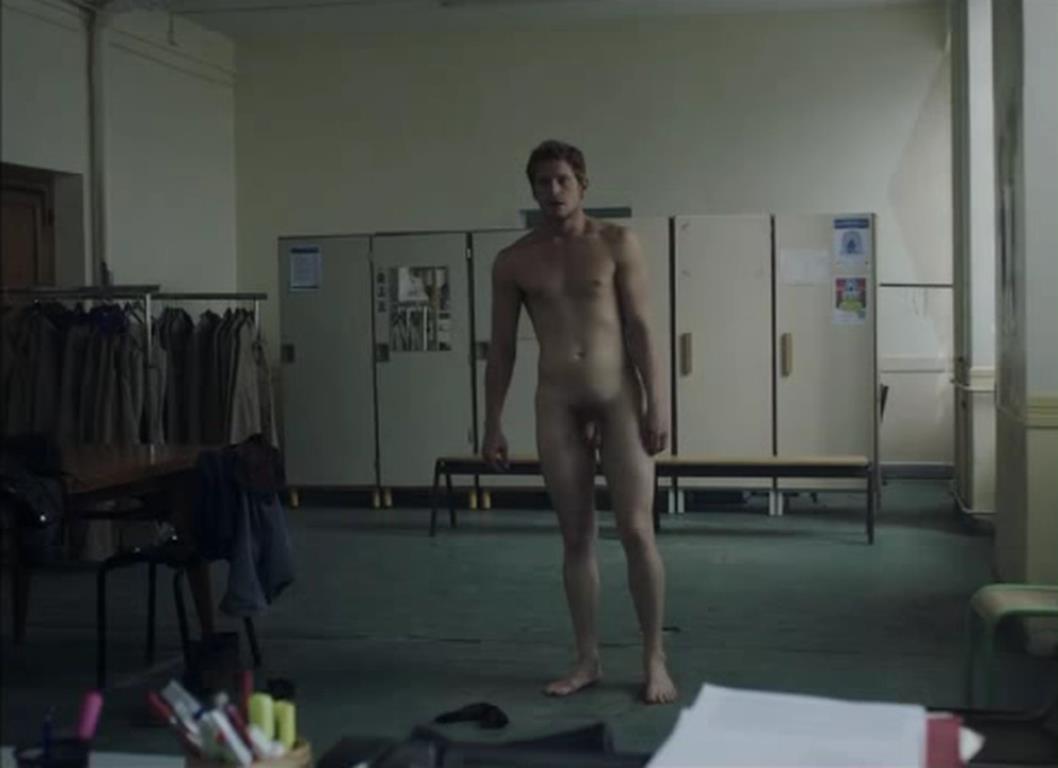 controls-actors-caught-nude